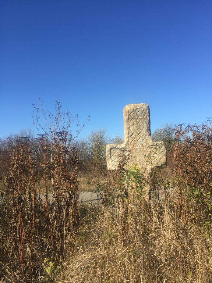 Stone cross in Balteni village where some say Vlad Dracul killed