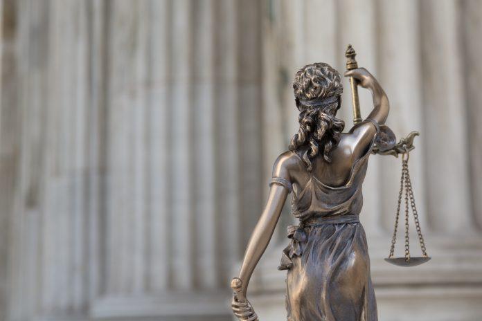 Instanța supremă a decis, în unanimitate, să atace la CCR legea privind eliminarea pensiilor speciale pentru magistrați