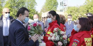 nquam-photo-iasi-covid19-imbarcare-cadre-medicale-republica-moldova-asistenta-30-apr-2020-136756.jpg