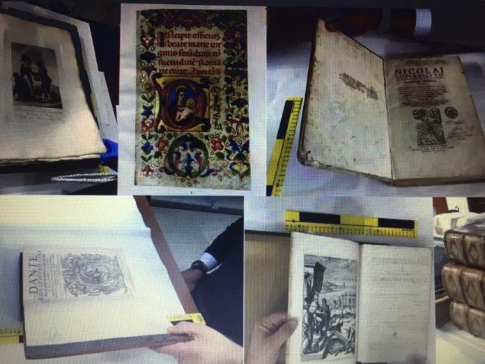 Stolen books/carti furate, the Met