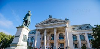 Protest at Iasi Opera, Romania, Oct. 7,2020, Liviu Chirica